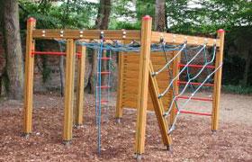 Klettergerüst Mit Netz : Spielplatz test familien willkommen.de